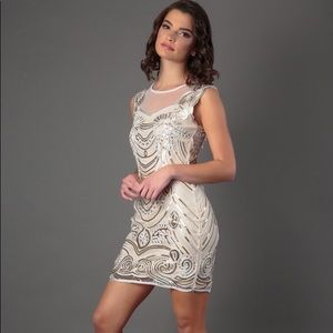 Shiny sequinned glam dress